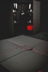 VINO CRNI PINOT BOX 42